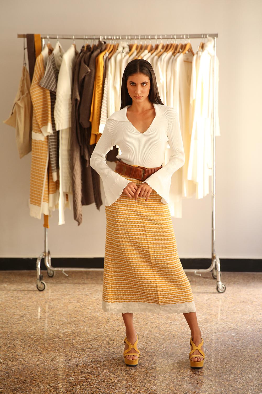 line skirt long Nima